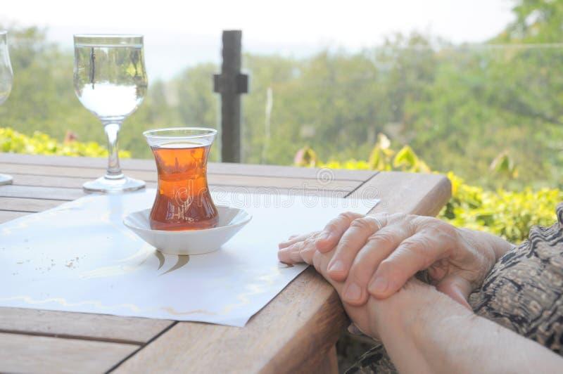 τσάι γυαλιού στοκ φωτογραφίες