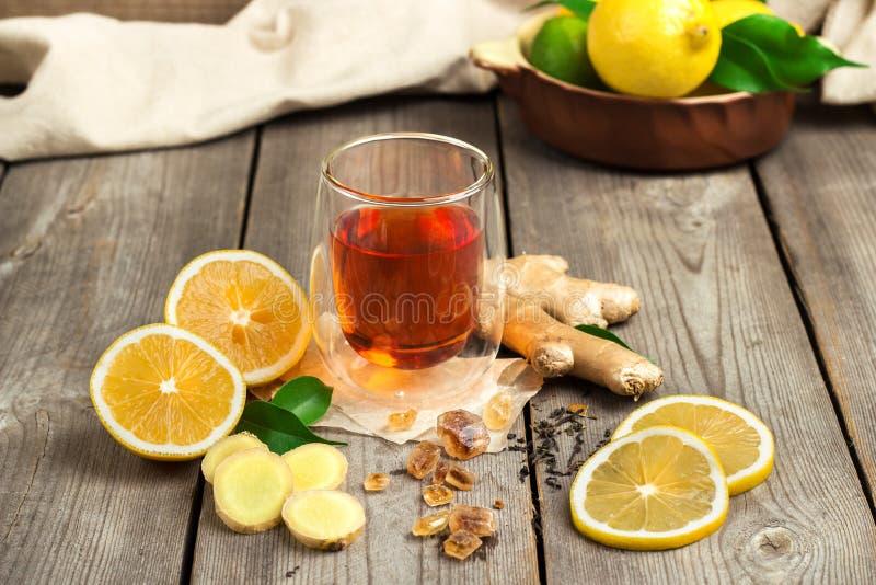 Τσάι και συστατικά πιπεροριζών στοκ φωτογραφίες με δικαίωμα ελεύθερης χρήσης