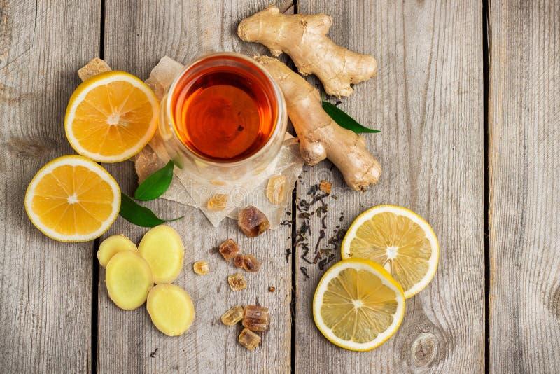 Τσάι και συστατικά πιπεροριζών στοκ εικόνες