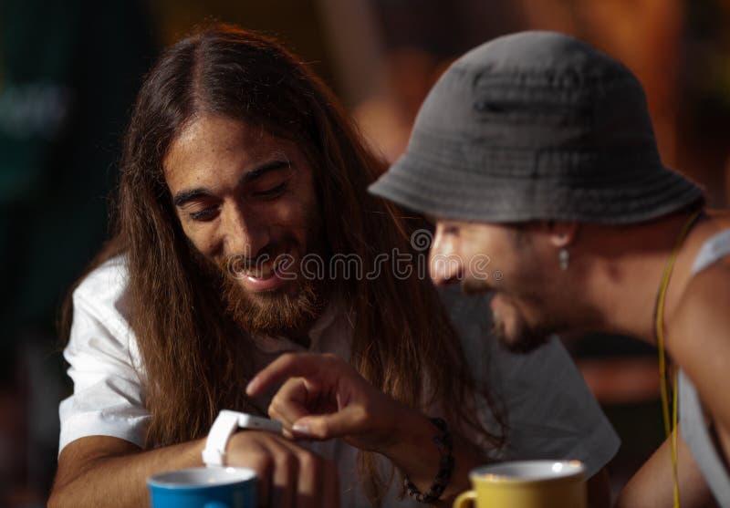 Τσάι με έναν φίλο στοκ φωτογραφία με δικαίωμα ελεύθερης χρήσης
