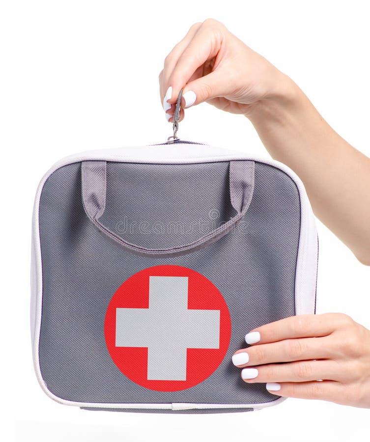 Τσάντα εξαρτήσεων πρώτων βοηθειών υπό εξέταση στοκ φωτογραφία με δικαίωμα ελεύθερης χρήσης