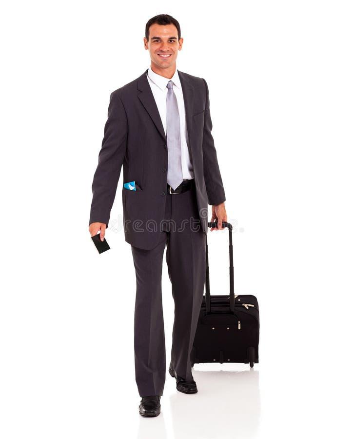 Τσάντα περπατήματος επιχειρηματιών στοκ φωτογραφίες με δικαίωμα ελεύθερης χρήσης