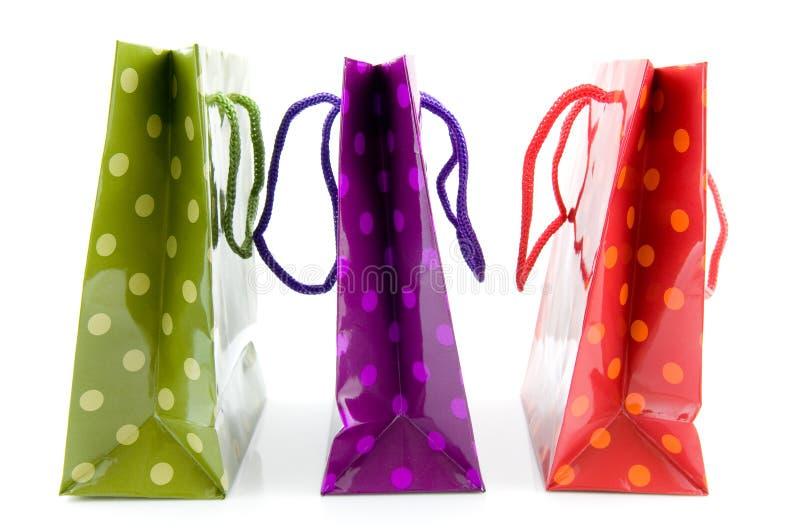 Download τσάντες ζωηρόχρωμα ψωνίζον& Στοκ Εικόνες - εικόνα από χρωματισμένος, αγορά: 13178716