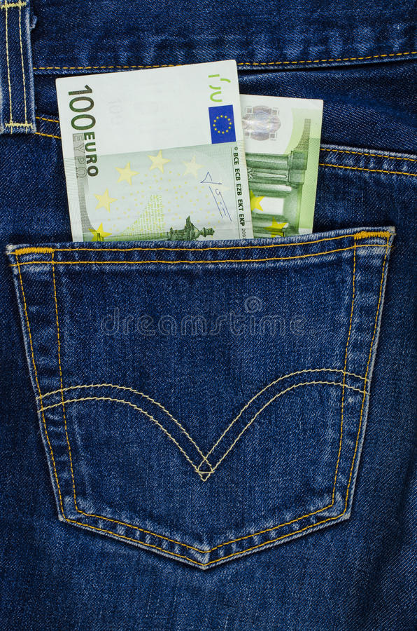 Τσέπη τζιν παντελόνι με τους ευρο- λογαριασμούς στοκ εικόνες με δικαίωμα ελεύθερης χρήσης