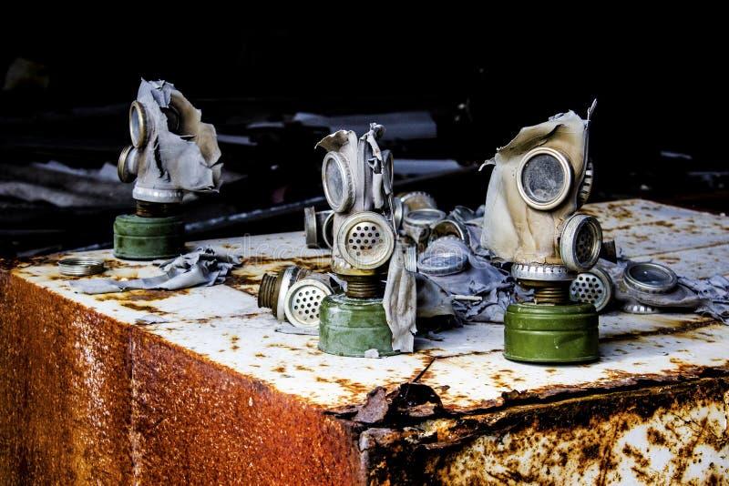Τσέρνομπιλ 2 Ένα από τα γκαράζ της στρατιωτικής μονάδας στοκ φωτογραφία με δικαίωμα ελεύθερης χρήσης