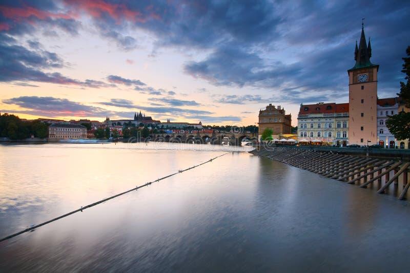 τσεχική Πράγα γεφυρών δημ&omicro στοκ φωτογραφία