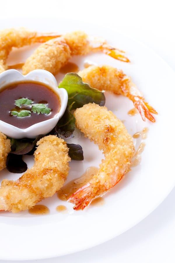 Τσιγαρισμένες γαρίδες με τη σάλτσα στοκ φωτογραφία με δικαίωμα ελεύθερης χρήσης