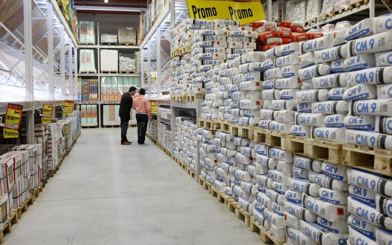 Τσιμέντο και κατάστημα δομικών υλικών στοκ εικόνες