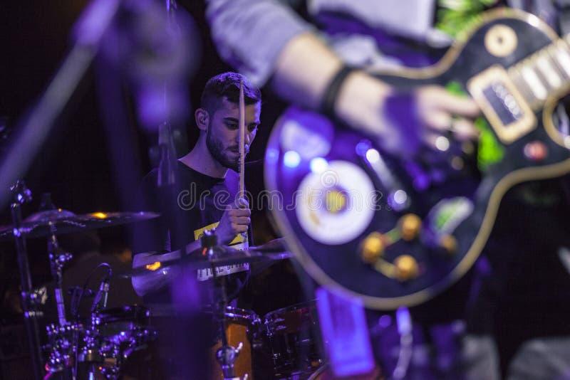 Τυμπανιστής 2 συναυλίας νύχτας στοκ εικόνες με δικαίωμα ελεύθερης χρήσης