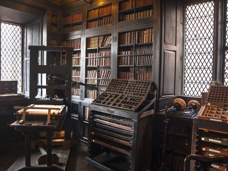 Τυπώνοντας Τύπος στη βιβλιοθήκη Μάντσεστερ Chetham's στις 12 Αυγούστου 2014 στοκ εικόνες με δικαίωμα ελεύθερης χρήσης