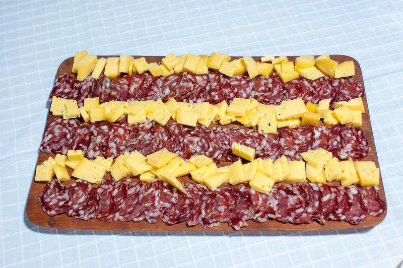 τυρί και σαλάμι, λιχουδιές από την Αργεντινή στοκ φωτογραφίες με δικαίωμα ελεύθερης χρήσης