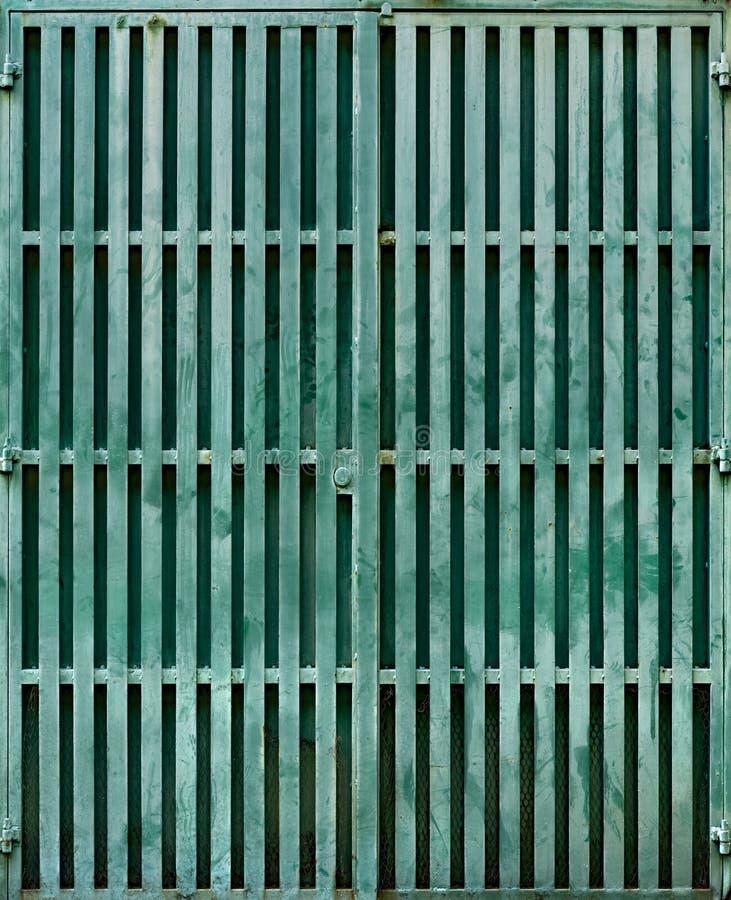 Τυρκουάζ πύλη μετάλλων στοκ εικόνες με δικαίωμα ελεύθερης χρήσης
