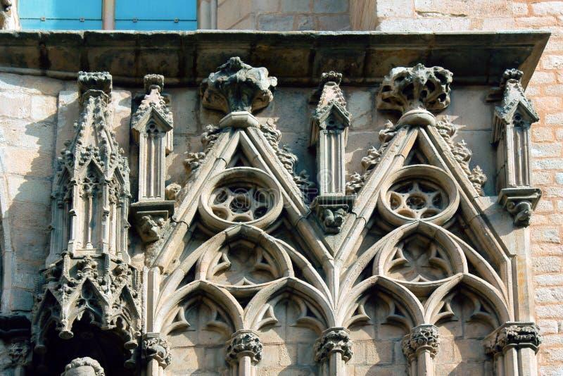 Τυφλά παράθυρα του ναού και του τριφυλλιού, trefoil στοκ εικόνα με δικαίωμα ελεύθερης χρήσης