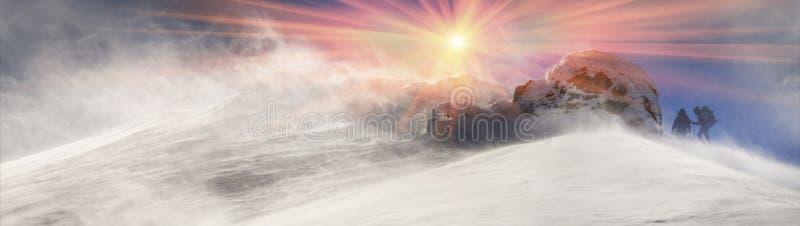 Τυφώνας στην κορυφή στοκ εικόνα με δικαίωμα ελεύθερης χρήσης