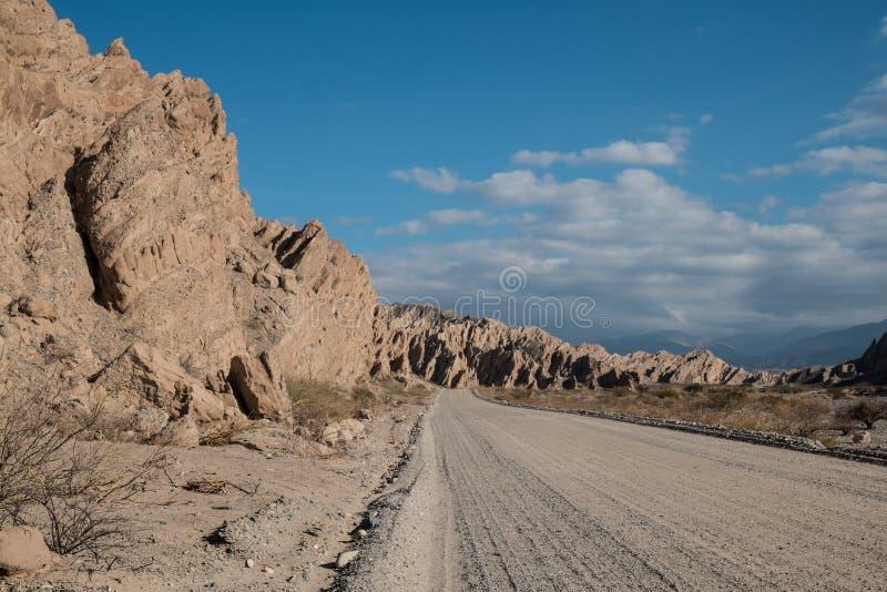 Των Άνδεων βρώμικος δρόμος στοκ εικόνες με δικαίωμα ελεύθερης χρήσης