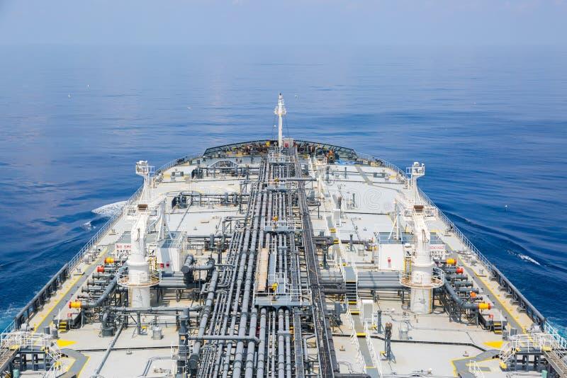Τόξο βυτιοφόρων προϊόντων πετρελαίου στοκ φωτογραφίες