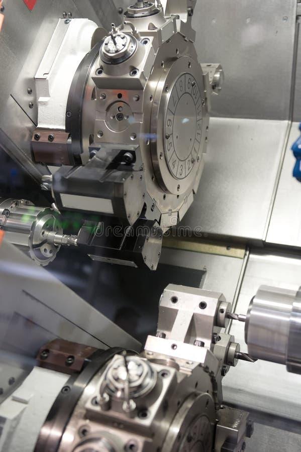 Τόρνος, CNC άλεση στοκ εικόνες με δικαίωμα ελεύθερης χρήσης