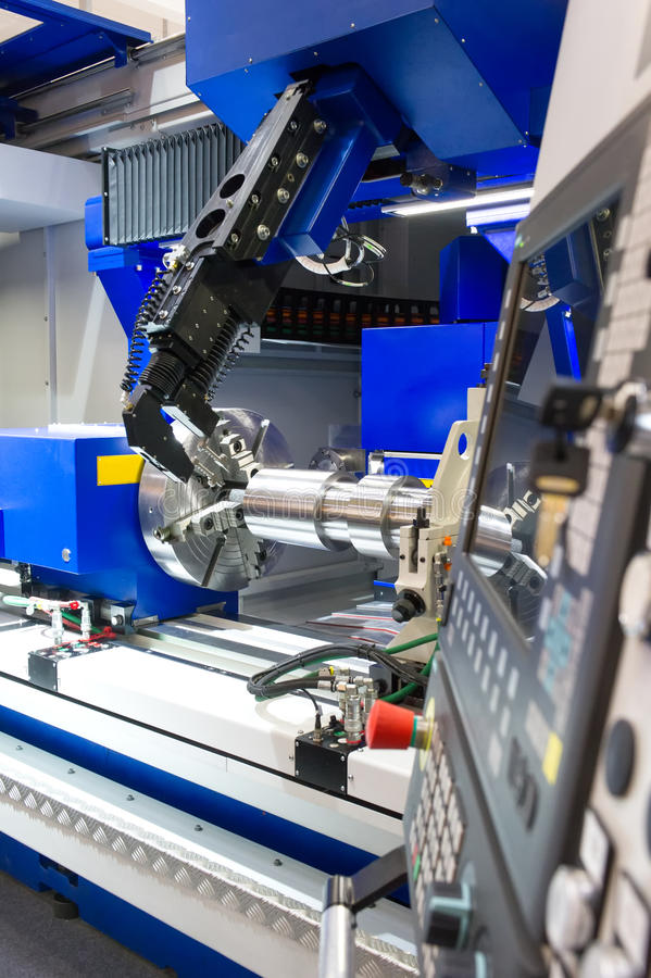 Τόρνος, CNC άλεση στοκ εικόνες