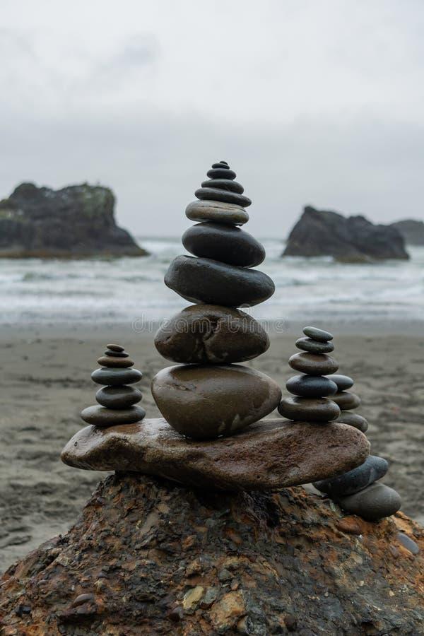 Τύμβοι στην παραλία στοκ φωτογραφία με δικαίωμα ελεύθερης χρήσης