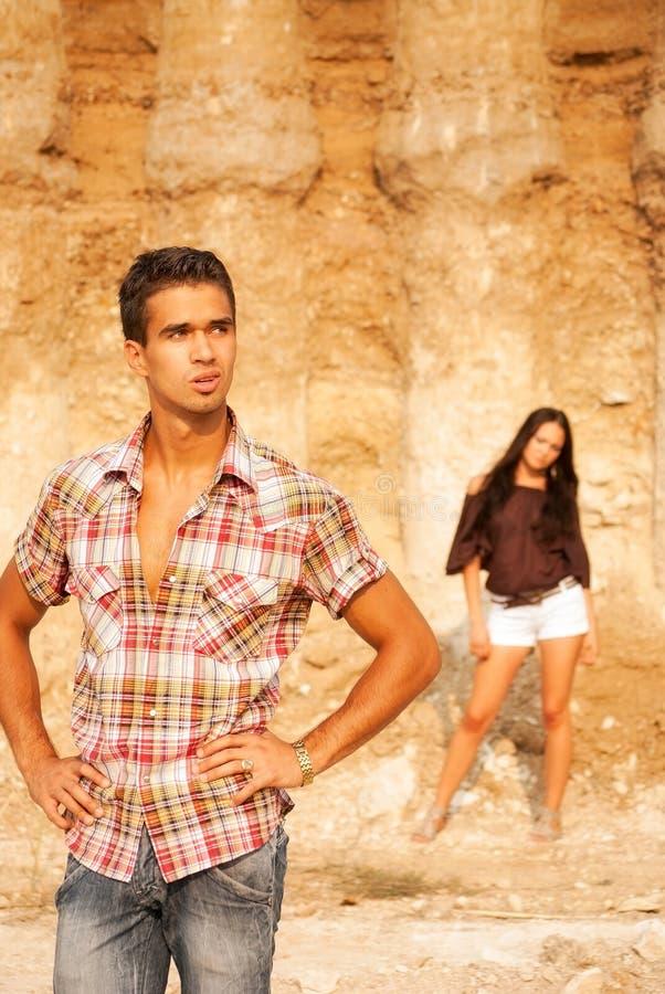 Τύπος και κορίτσι στοκ φωτογραφία με δικαίωμα ελεύθερης χρήσης