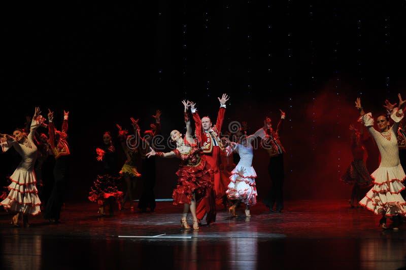 Τώρα τραγουδώντας, τώρα χορεύω-ισπανικά ο flamenco-παγκόσμιος χορός της Αυστρίας στοκ φωτογραφίες