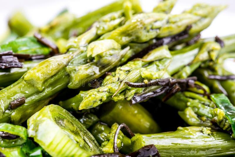 υγιής σαλάτα σπαραγγιού στοκ φωτογραφίες με δικαίωμα ελεύθερης χρήσης