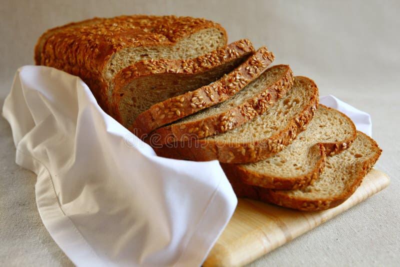 υγιής σπόρος λιναριού ψωμ στοκ φωτογραφία