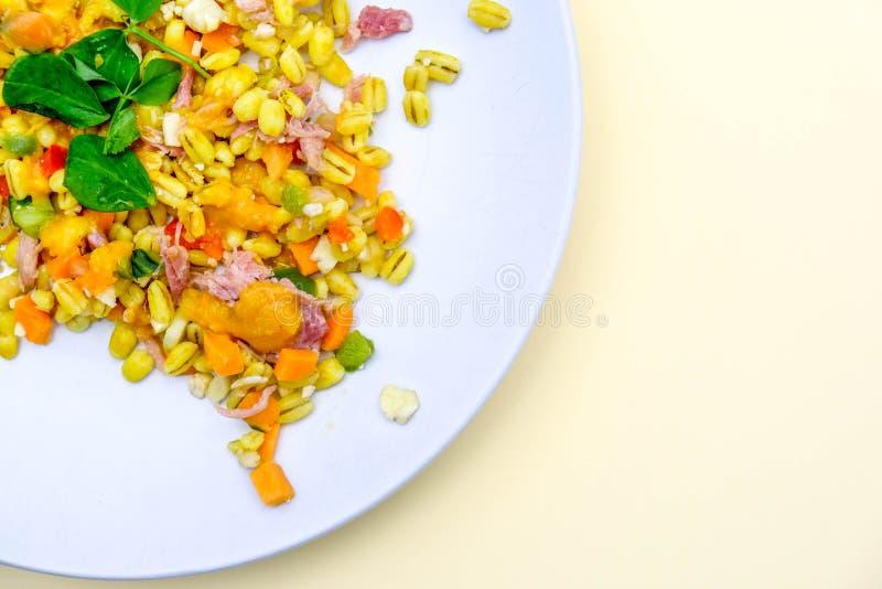 Υγιής Hock ζαμπόν θερινή σαλάτα στοκ φωτογραφία με δικαίωμα ελεύθερης χρήσης