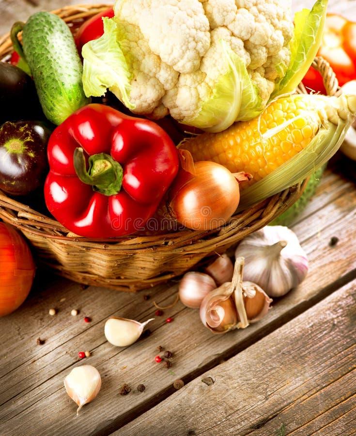 Υγιή οργανικά λαχανικά στοκ εικόνες με δικαίωμα ελεύθερης χρήσης
