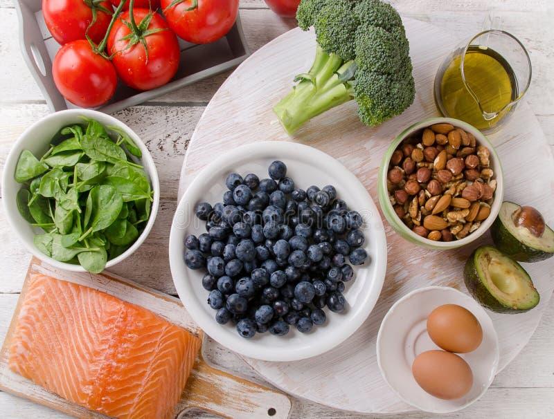 Υγιή τρόφιμα για τον εγκέφαλο στοκ εικόνες