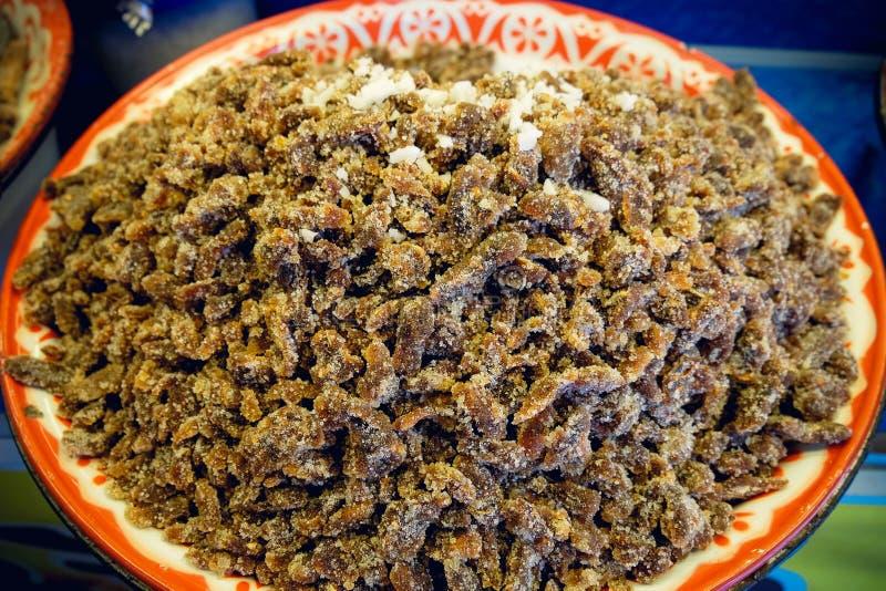 Υγιή τρόφιμα: μίγμα από τους ξηρούς καρπούς στο κύπελλο, εκλεκτική εστίαση στοκ εικόνες με δικαίωμα ελεύθερης χρήσης
