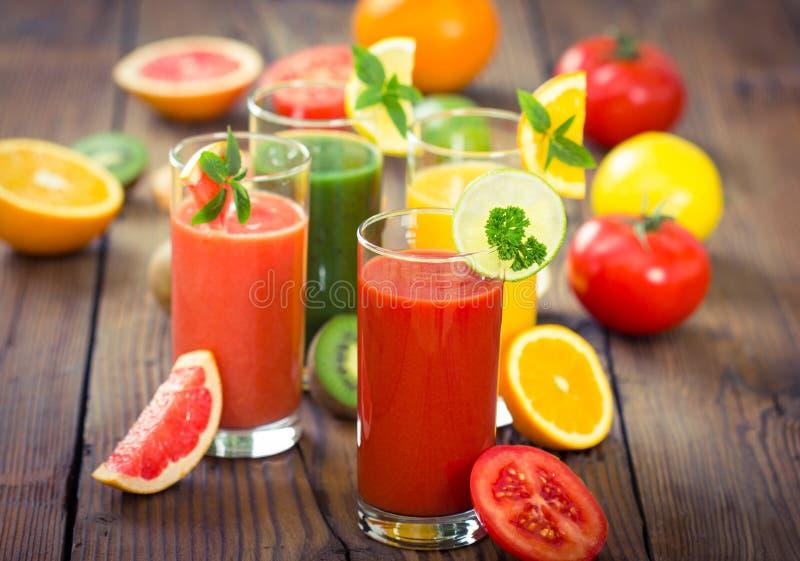 Υγιείς καταφερτζήδες φρούτων και λαχανικών στοκ φωτογραφία με δικαίωμα ελεύθερης χρήσης