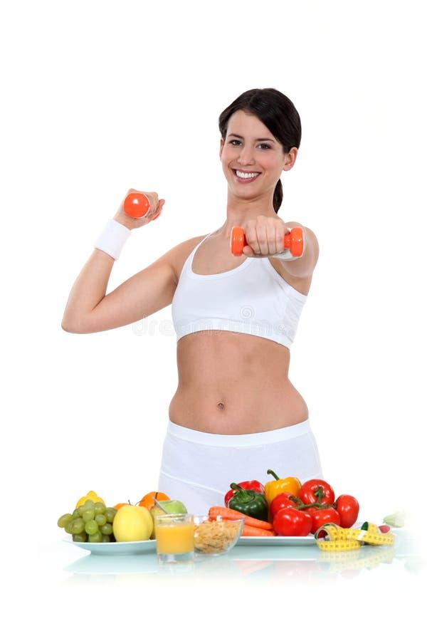 Υγιεινές διατροφή και άσκηση στοκ φωτογραφία με δικαίωμα ελεύθερης χρήσης