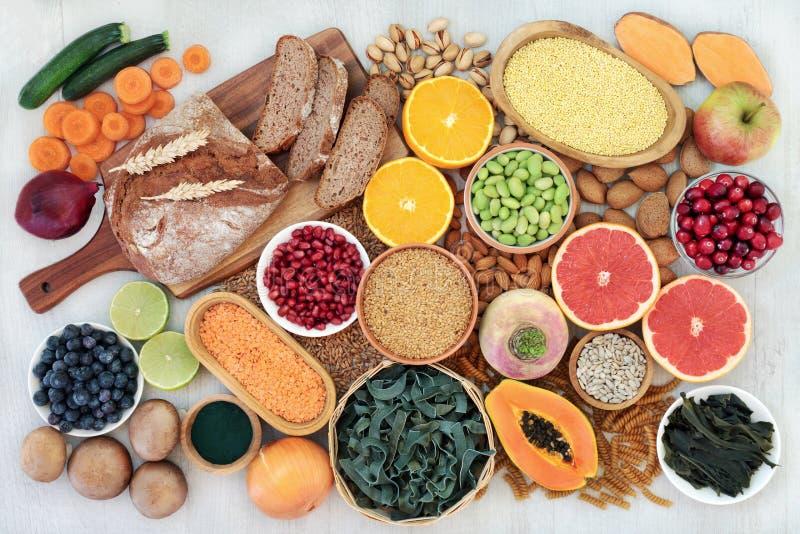 Υγιεινή διατροφή για μια πλούσια σε ίνες διατροφή στοκ φωτογραφία