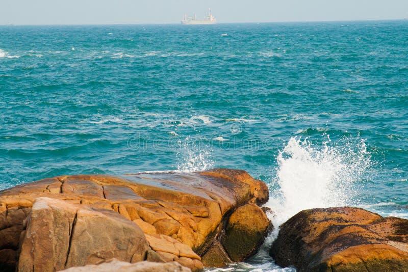 Υγρά κύματα νερού στοκ φωτογραφίες