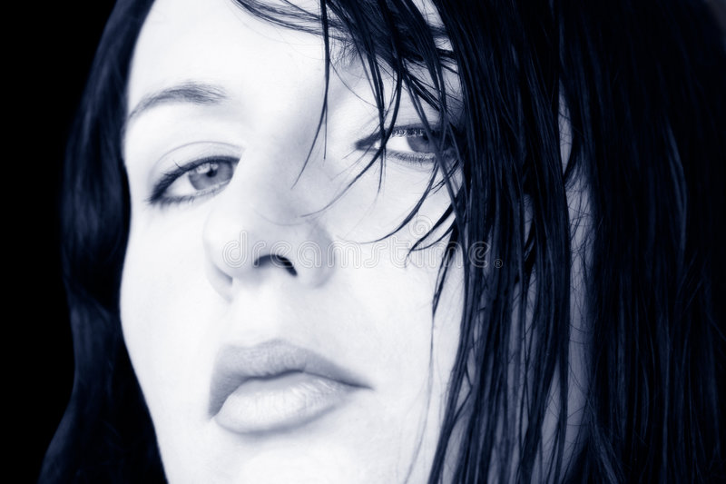 υγρή γυναίκα τριχώματος στοκ φωτογραφία με δικαίωμα ελεύθερης χρήσης