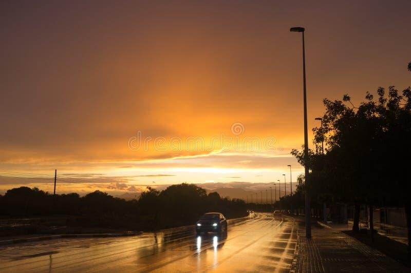 Υγρός δρόμος στοκ φωτογραφία με δικαίωμα ελεύθερης χρήσης