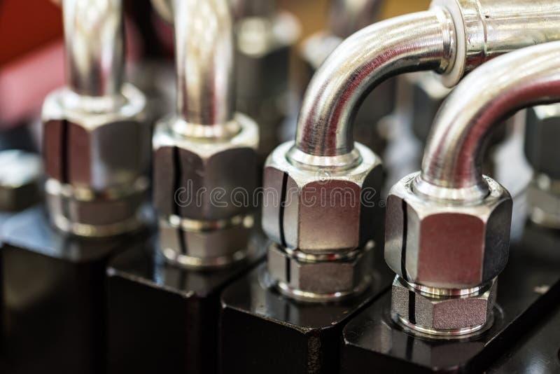 Υδραυλικός εξοπλισμός ενός σύγχρονου τρακτέρ στοκ φωτογραφία με δικαίωμα ελεύθερης χρήσης