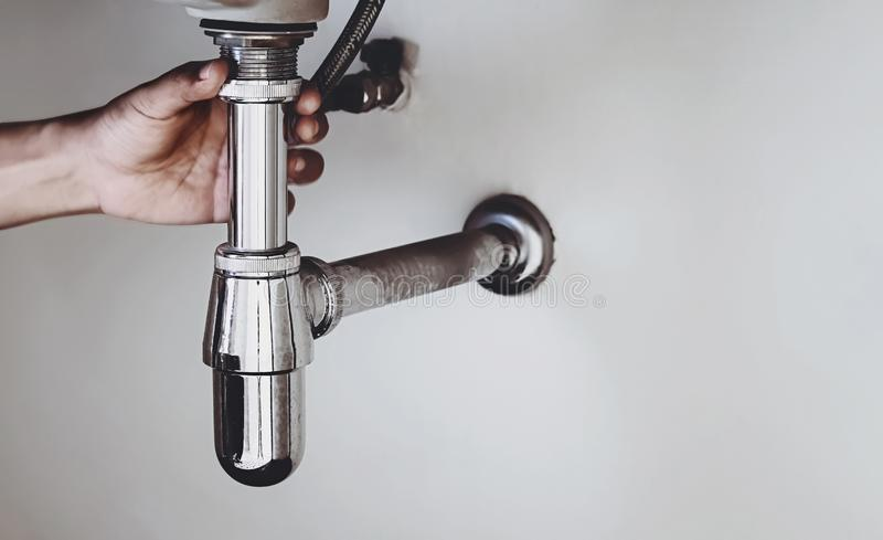 Υδραυλικός σωλήνας λεκάνης στοκ φωτογραφία με δικαίωμα ελεύθερης χρήσης