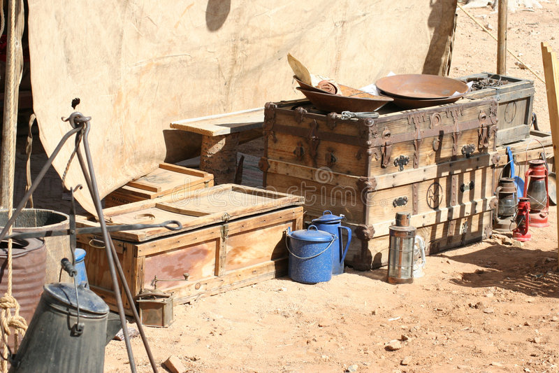 υλικό στρατόπεδων που εξάγει την παλαιά δύση στοκ φωτογραφία