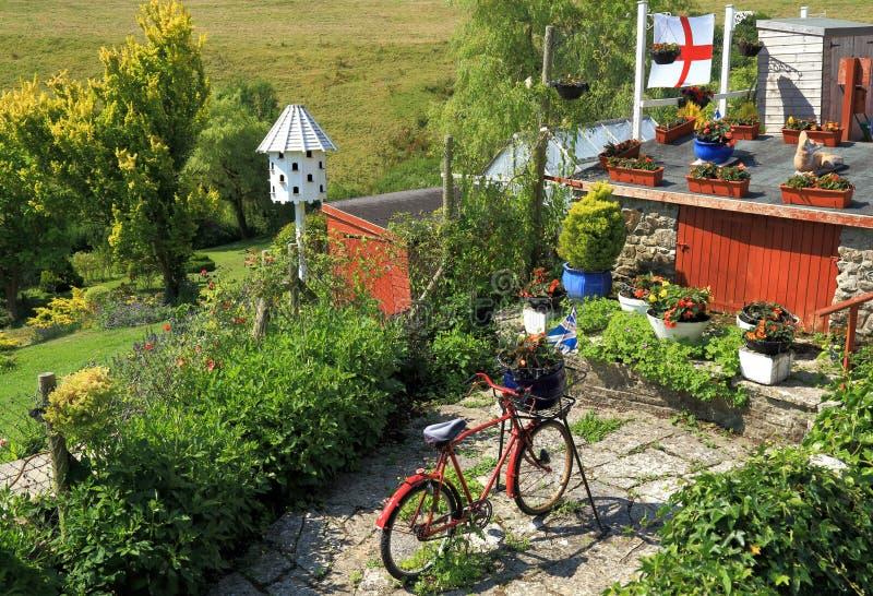 υπέροχα σχεδιασμένος κήπος στοκ φωτογραφία με δικαίωμα ελεύθερης χρήσης