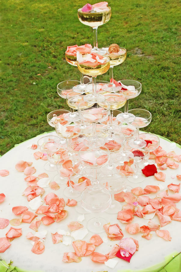 υπαίθριος γάμος λήψης επ&i στοκ εικόνες με δικαίωμα ελεύθερης χρήσης