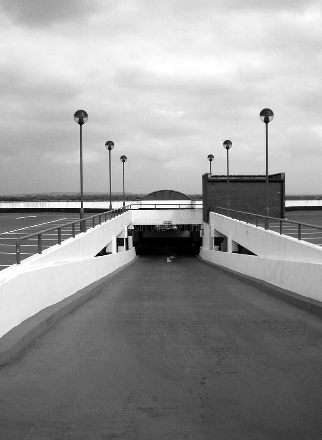 Υπαίθριος σταθμός αυτοκινήτων 6 στοκ εικόνα