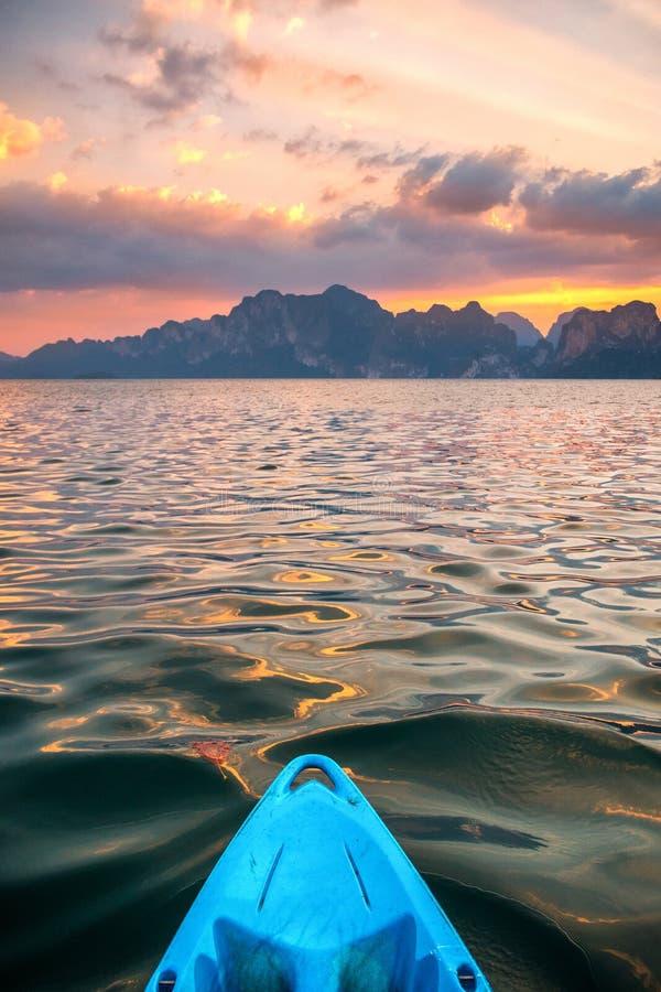 Υπαίθριο υπόβαθρο θάλασσας θερινού ουρανού διακοπών διακοπών Bech στοκ εικόνες με δικαίωμα ελεύθερης χρήσης
