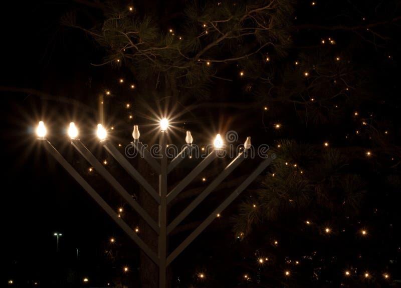 Download Υπαίθριο Menorah στοκ εικόνα. εικόνα από φω, εβραϊκός - 22784801