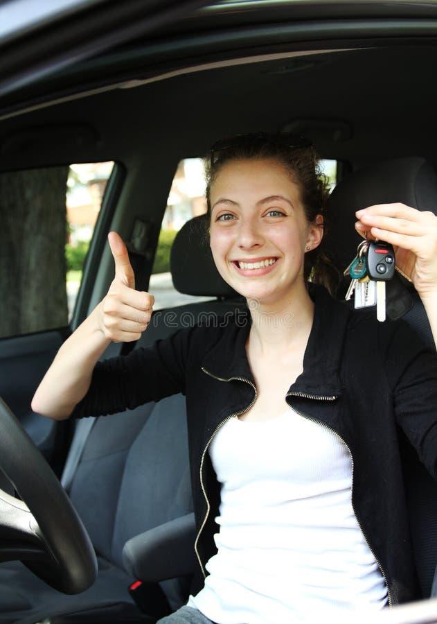 Υπερήφανος οδηγός εφήβων στοκ φωτογραφίες