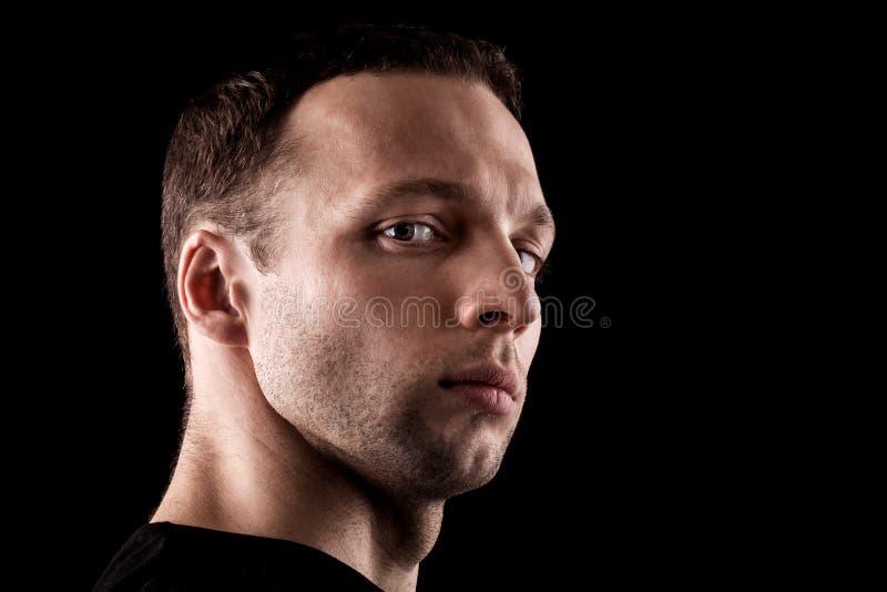 Υπεροπτικό νέο καυκάσιο ανθρώπινο πορτρέτο στοκ φωτογραφίες με δικαίωμα ελεύθερης χρήσης