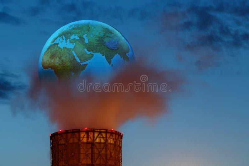 Υπερρεαλιστική έννοια στο πρόβλημα της ατμοσφαιρικής ρύπανσης Οι επιβλαβείς εκπομπές στην ατμόσφαιρα του πλανήτη Γη δηλητηριάζουν στοκ φωτογραφία με δικαίωμα ελεύθερης χρήσης