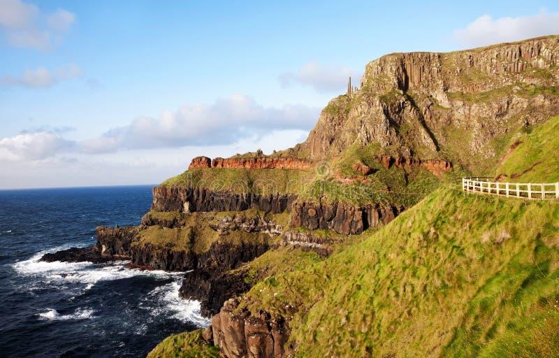 Υπερυψωμένο μονοπάτι γιγάντων, Ιρλανδία στοκ εικόνες