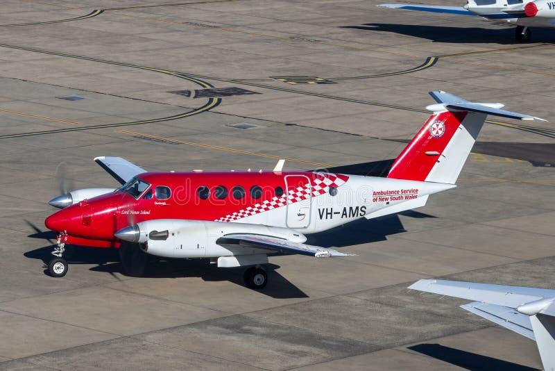 Υπηρεσία Ασθενοφόρων Οχημάτων του αέρα βασιλιάδων της Νότιας Νέας Ουαλίας Beechcraft 200 αεροσκάφη ασθενοφόρων αέρα στον αερολιμέ στοκ εικόνες